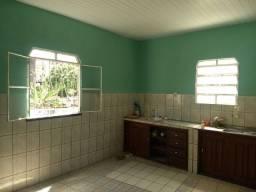 Casa localizada no bairro Redenção