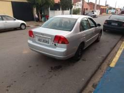 Vendo ou troco Civic automático 2002