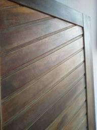 Porta de madeira maciça 210x80 (última peça). Venda ou troca