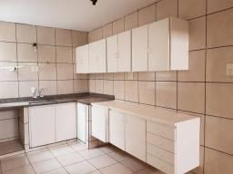 Casa para Locação em Uberlândia, Nossa Senhora Aparecida, 2 dormitórios, 2 banheiros, 1 va