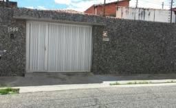 Casa Residencial à venda, 4 quartos, 4 vagas, Centro - Teresina/PI