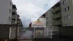 Apartamento com 3 dormitórios para alugar, 63 m² por R$ 750/mês - Jardim Interlagos - Ribe