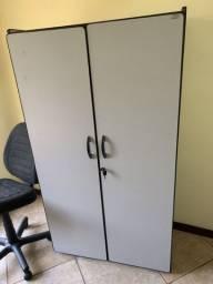 Armário Escritório cinza Vertical, Duas Portas, cosm chaves,