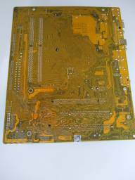 Placa mãe com DDR2 e processador
