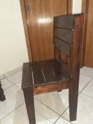 Título do anúncio: Cadeira de Paletes