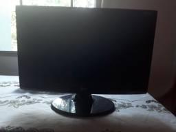 Monitor LG flatron w2243c-pfv 21,5 polegadas com problema no display usado