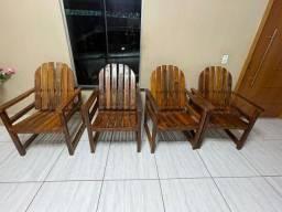 Título do anúncio: Vende-se cadeira de madeira