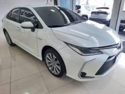 Título do anúncio:  Corolla Altis Hybrid- carro muito novo ,17.000 km rodas com garantia toyota .