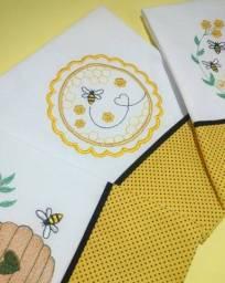 Trio pano de prato bordado coleção abelhas