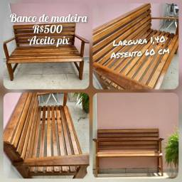 Banco de madeira jardim