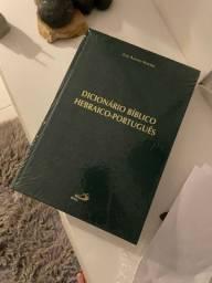 Bíblias e livros