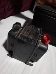 Transformador 110/220v