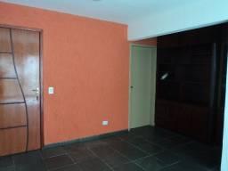 Aluga-se Apartamento no Setor dos Afonsos(proximo a Av. Rio Verde)