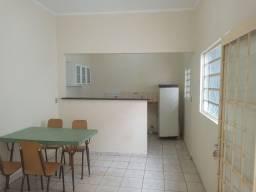 Título do anúncio: Aluguel casa de um quarto mobiliada perto aracatuba shopping