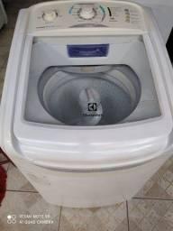 Em perfeito funcionando máquina de lavar barato