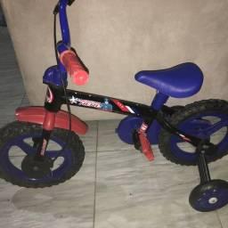 Bicicleta infantil (NUNCA USADA)