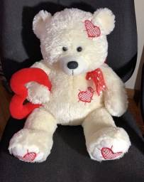Urso pelúcia do amor