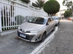 yaris xs 2019 automatico + gnv   76.900