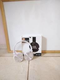 Título do anúncio: Fone de ouvido over-ear sem fio JBL Everest JB950 Branco