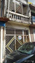 Casa com 3 dormitórios para alugar por R$ 800,00/mês - Conjunto Habitacional Inácio Montei