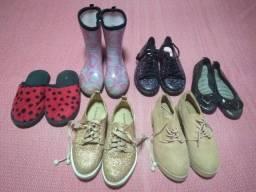 O valor corresponde a todos, cinco pares de calçados infantis pouco uso
