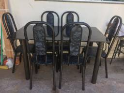 Vendo essa linda mesa de mármore com 6 cadeiras