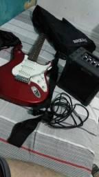 Guitarra Memphis vermelha + caixa de som Giannini