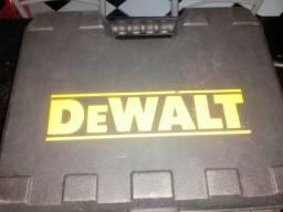 Parafusadeira furadeira de impacto Dewolt
