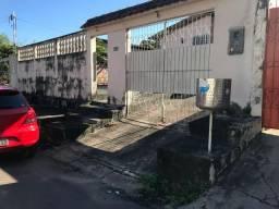 Casa no Hiléia - Próximo ao campo - 2 quartos com garagem