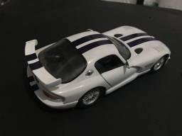 Miniatura Dodge Viper GTS Miniatura Maisto