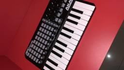 Piano MiDi Akai APCkey25 Novo