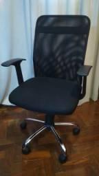 Cadeira Escritório Office Peter c/ Encosto em Nylon e Função Relax ? Preta