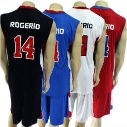 e5470fe14e Uniforme esportivo vários esportes e outros uniformes