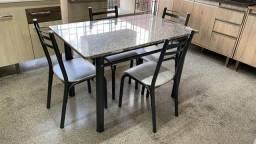 Título do anúncio: Mesa com tampo de granito e 4 cadeiras