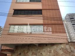 Apartamento para alugar com 3 dormitórios em Centro, Uberlandia cod:603197