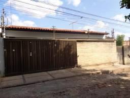 Casa Residencial à venda, 4 quartos, 3 vagas, Aeroporto - Teresina/PI