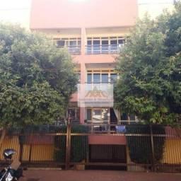 Apartamento com 2 dormitórios para alugar, 78 m² por R$ 1.100,00/mês - Jardim Irajá - Ribe