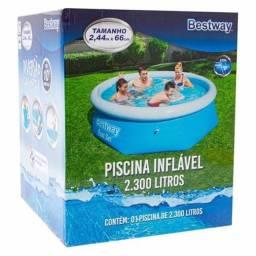 Piscina inflável 2300L