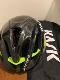Capacete Kask Protone ciclismo preto e verde M 52 a 58cm novo