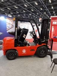 Empilhadeira Diesel   2,5 toneladas   Torre Triplex   Nova