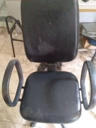 Cadeira presidente usada