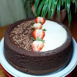 Bolo Piscina (Pool Cake)