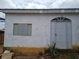 Vendo está casa com um quarto atrás na principal do Raimundo Erineu serra