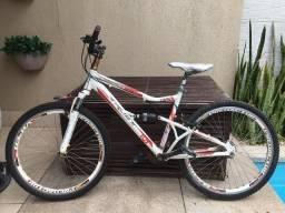 Bicicleta Trust Dominoes. Aceito oferta