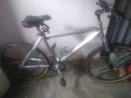 Bike caloi muito nova