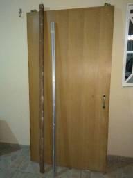Porta de madeira 1,10x2,10