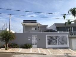 Sobrado com 3 dormitórios à venda, 232 m² por R$ 850.000 - Jardim Esplanada II - Indaiatub
