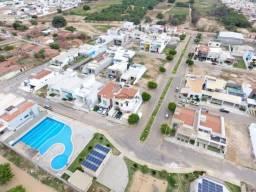 Terreno 315 m² no Cond. Villa Bella
