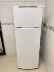 Vendo Refrigerador Cônsul CRD37 334 Litros Cycle Defrost Branco 110v