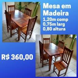 Título do anúncio: Mesa de Madeira com 4 cadeiras - Na Pedreira Só 360,00